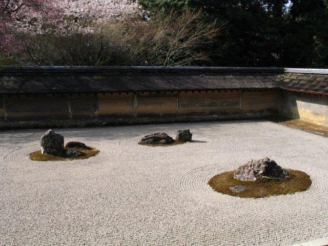 RyoanJi-Dry_garden.jpg
